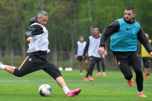 Fußball: Erstes Training von Shakhtar Donetsk