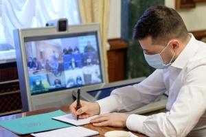 Зеленський увів у дію рішення РНБО про санкції проти юридичних і фізичних осіб
