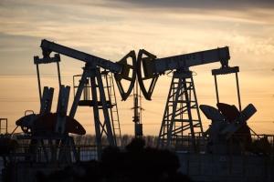 Світові ціни на нафту пішли вниз після стрімкого зростання