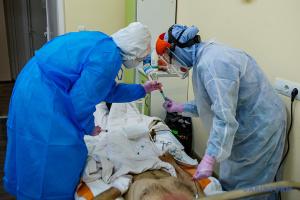 Влада Львова заявила, що лікарні міста заповнені на 95%