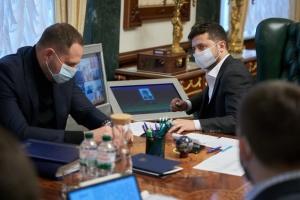 COVID-19: Selenskyj will keine Verlängerung der Quarantäne länger als ein Monat