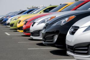 Ринок нових легкових авто в Україні за пів року скоротився на 4%