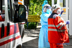 Ще дві лікарні на Київщині припинили приймати хворих через COVID-19