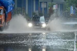 На юг Индии обрушился циклон «Нивар», эвакуировали десятки тысяч человек