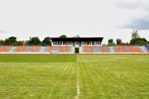 На Рівненщині оновлюють стадіон у райцентрі