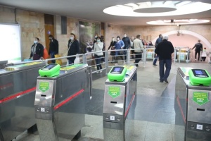 Послаблення карантину в Харкові: пасажирів у метро поменшало вдвічі