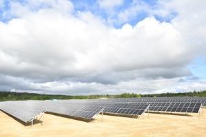 In der Region Riwne Bau leistungsstarken Solarkraftwerkes
