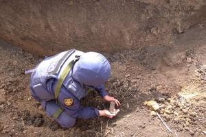 Разминирование Донбасса: за неделю обезвредили почти 600 боеприпасов