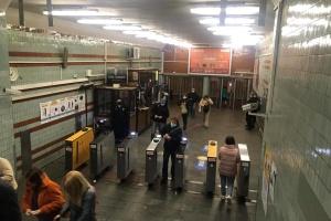 За перший день послаблення карантину київським метро скористалися 310 тисяч пасажирів