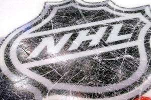 Гравців НХЛ після відновлення чемпіонату можуть зобов'язати носити маски постійно