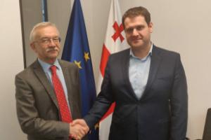 Україна та Грузія обговорили авіасполучення та імпорт добрив