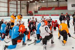 НХЛ дозволила клубам відкрити тренувальні центри на початку червня