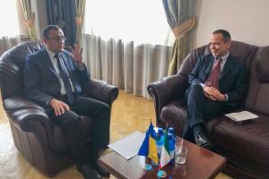 El Embajador de Italia agradece a Ucrania por su apoyo en la lucha contra el coronavirus