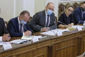 Кабмин поручил проработать вопрос отсрочки выплаты дивидендов Укрзализныцей