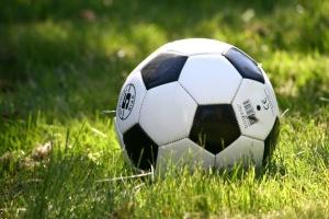 """Соцсети - про техническое поражение от УЕФА: """"Такой футбол нам не нужен"""""""