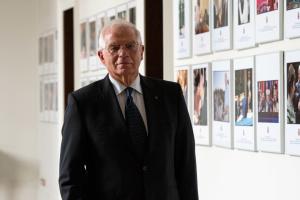Євросоюз солідарний з рішенням Чехії вислати 18 російських дипломатів