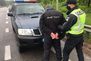 Стрельба в Броварах: в суд доставили 21 подозреваемого – заседание продолжается