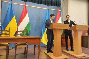 Украина готовится разрешить въезд иностранцам, но с соблюдением правил - Кулеба