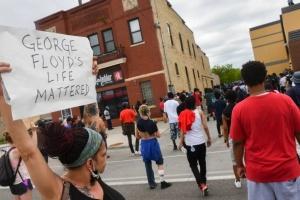 Понад 100 людей були заарештовані під час протестів у Чикаго