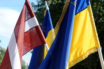 Ukraine, Latvia to double efforts to develop trade and economic cooperation