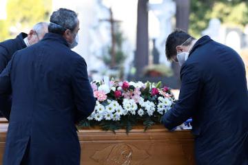 Covid-19 : Plus de 262 000 décès dans le monde