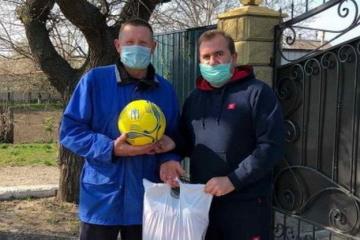 Запорізька Асоціація футболу продовжує допомагати медикам та ветеранам області