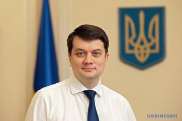 Rasumkow besucht drei Regionen der Ukraine