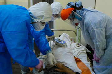 Over 4,000 medical workers in Ukraine infected with COVID-19 - Stepanov