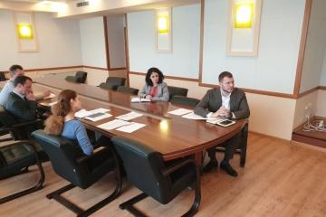 Krykliy y Turnava discuten la reanudación de vuelos entre Ucrania y Georgia