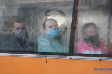 Рада ввела штраф за неносіння маски у транспорті