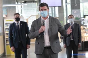 Fiodorow powiedział, kto otrzyma osiem tysięcy hrywien covidowej pomocy