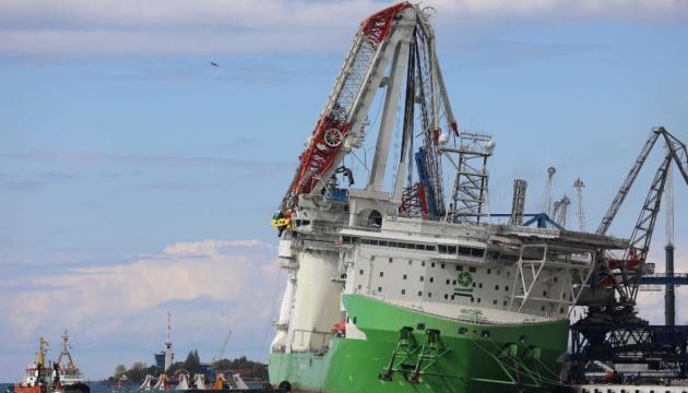 В Германии рухнул один из крупнейших в мире портовых кранов, есть раненые