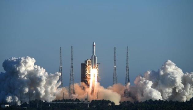 Китай вивів на орбіту прототип космічного корабля