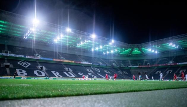 Влада Німеччини схвалила поновлення футбольного чемпіонату