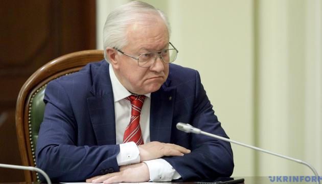 Тарасюк говорит, что РФ заслужила исключение из Совета Европы, но есть