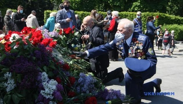 День победы над нацизмом: полиция посчитала участников акций в Украине