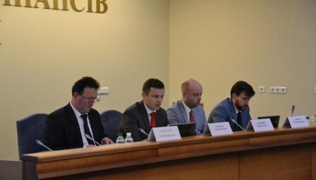 Половину руководителей украинских таможен уволили