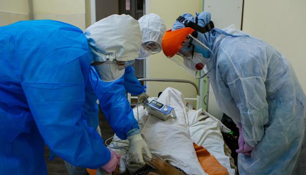 «Ковідний» кашель, які носити маски та коли в домі хворий – поради пульмонолога