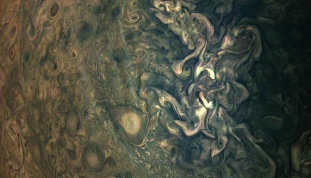 NASA показала новий знімок Юпітера