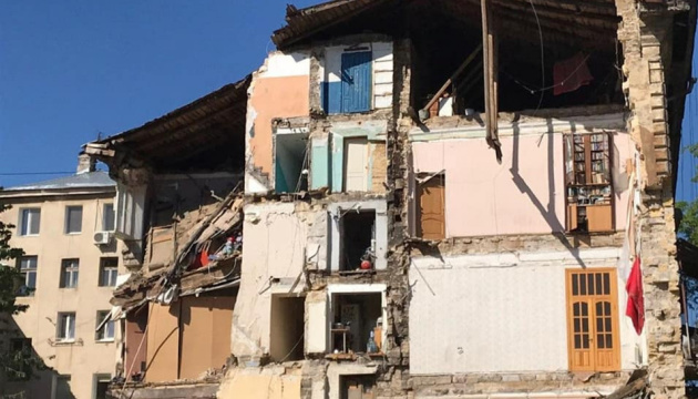 Жителям зруйнованого одеського будинку обіцяють тимчасове житло