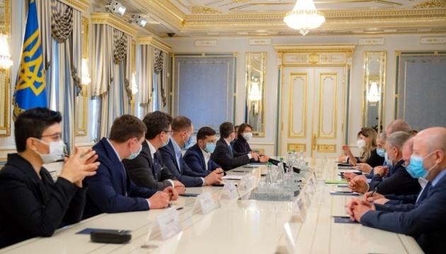 Zeleński inicjuje utworzenie grupy roboczej, która ma rozwiązać problemy Tatarów krymskich