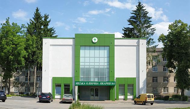 У Вінницькій міськлікарні №1 розгорнули 22 додаткових місця для пацієнтів з COVID-19