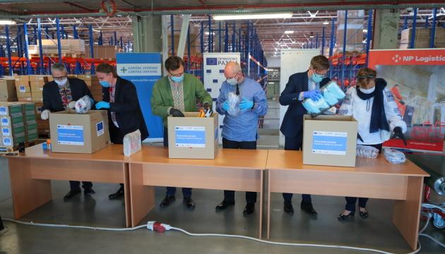 Coronavirus: Diplomaten schicken medizinische Ausrüstung in Regionen
