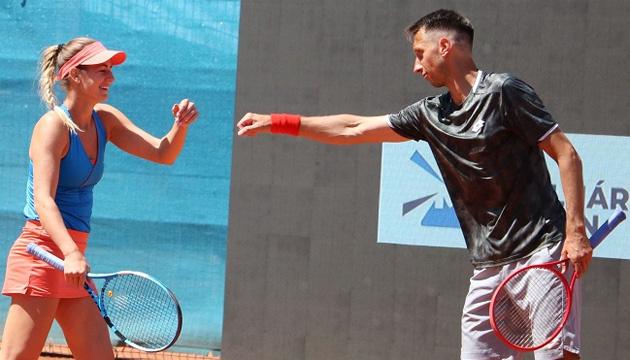 Стаховський переміг у міксті на груповому етапі турніру в Будапешті