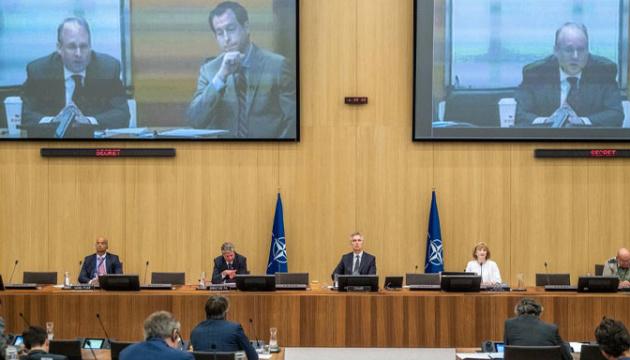 НАТО закликає Росію повернутися до виконання Договору про відкрите небо