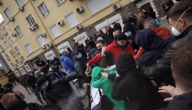 В ОПЗЖ заявляють про постраждалого під час акції під київським офісом