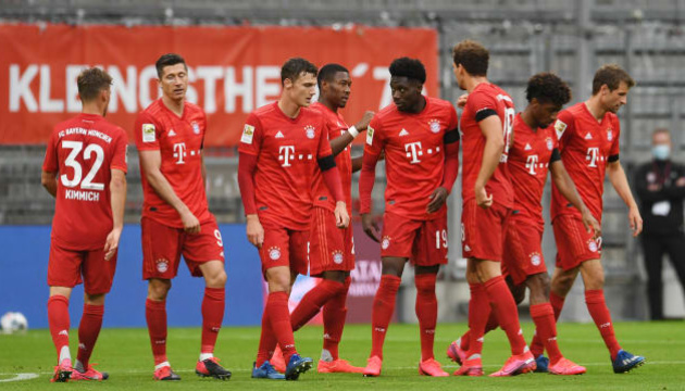 «Баварія» розгромила «Айнтрахт» і знову випереджає «Боруссію» Д на 4 очки