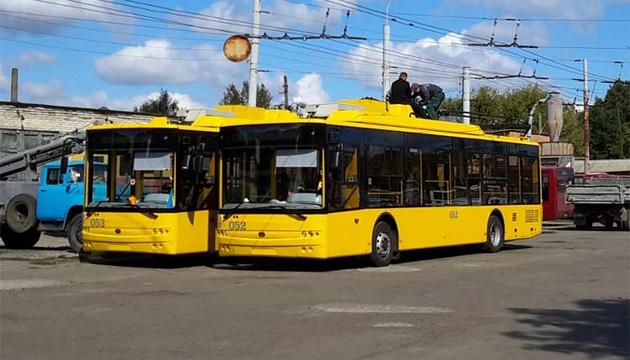 У Сумах громадський транспорт почав курсувати у звичайному режимі
