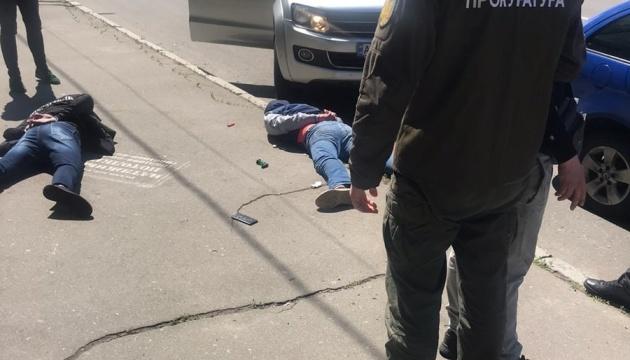У Києві викрили злочинну групу, серед учасників якої був співробітник СБУ