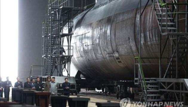КНДР хоче поставити на озброєння нову ракетну субмарину – ЗМІ